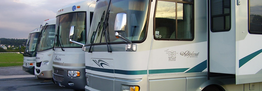 Fantastic Gulfstream Independence 6 Berth  Winnebago Hire